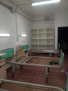 Le stanze prendono forma con i mobili spediti da Trento.
