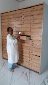 La cassettiera donataci dalla farmacia Campagnola
